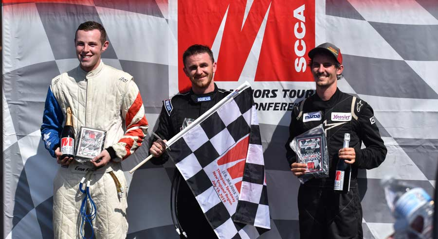 jonathan goring winning the scca majors at thompson speedway